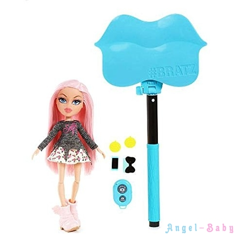 Набор селфи монопод с куклой Bratz Selfie Stick with Doll Cloe 25 cм (США) 539650