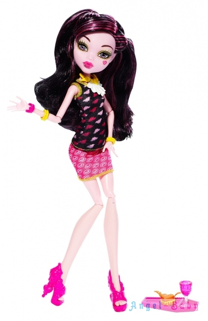 Кукла Monster High Creepateria Draculaura Крипатерия Дракулаура 26 см (США) BJM19